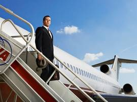 First Teaser for 'Mad Men' Season 7: Don Draper Disembarks From Plane