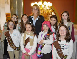 rep. klarides welcomes woodbridge girl scouts to state capitol